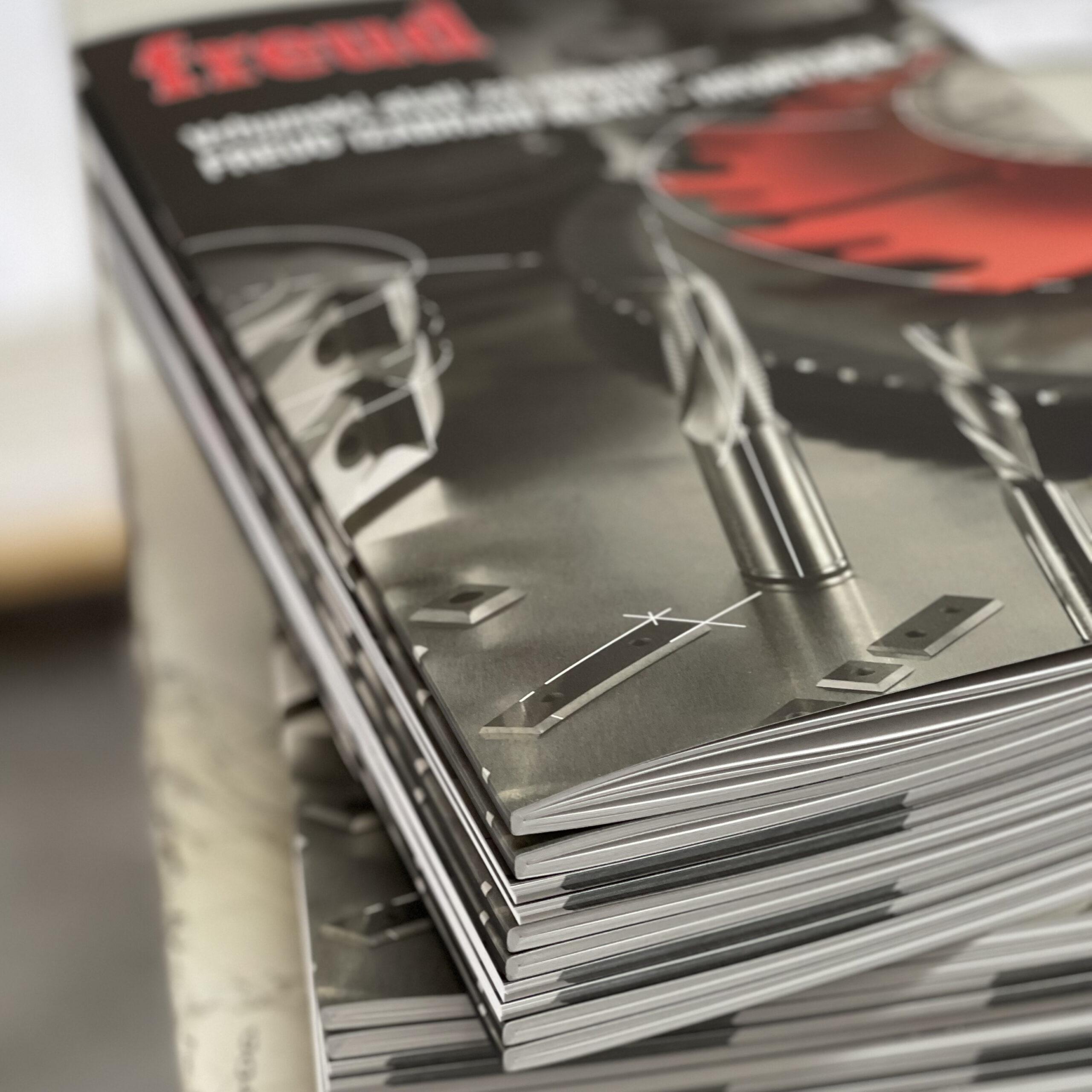 Square klamani uvez časopis