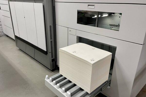 VarioPrint 6180 TITAN crno-bijeli tiskarski stroj